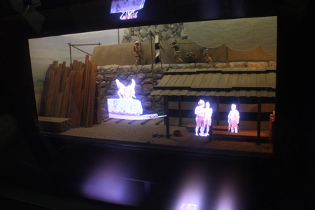 a really cool diorama/projected imagery which narrated the history of Osaka Castle