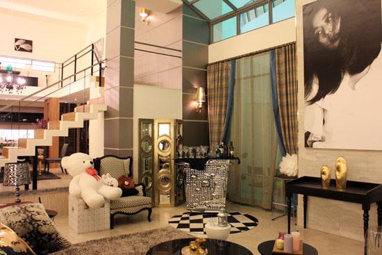 Cheon Song-yi's house