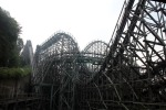 T Express: 77-degree drop wooden rollercoaster