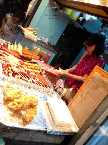 street food stall in Dongdaemun